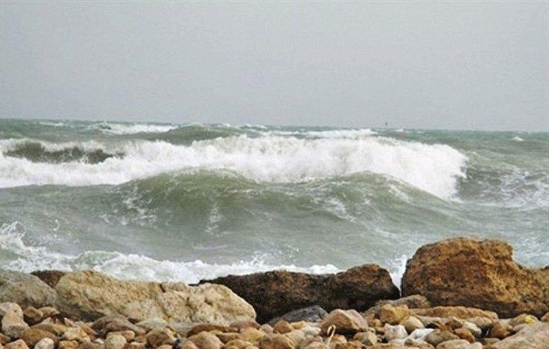 ارتفاع موج امروز در خلیج فارس به دو متر می رسد