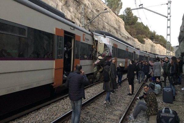 یک کشته و دهها زخمی در سانحه برخورد دو قطار در اسپانیا