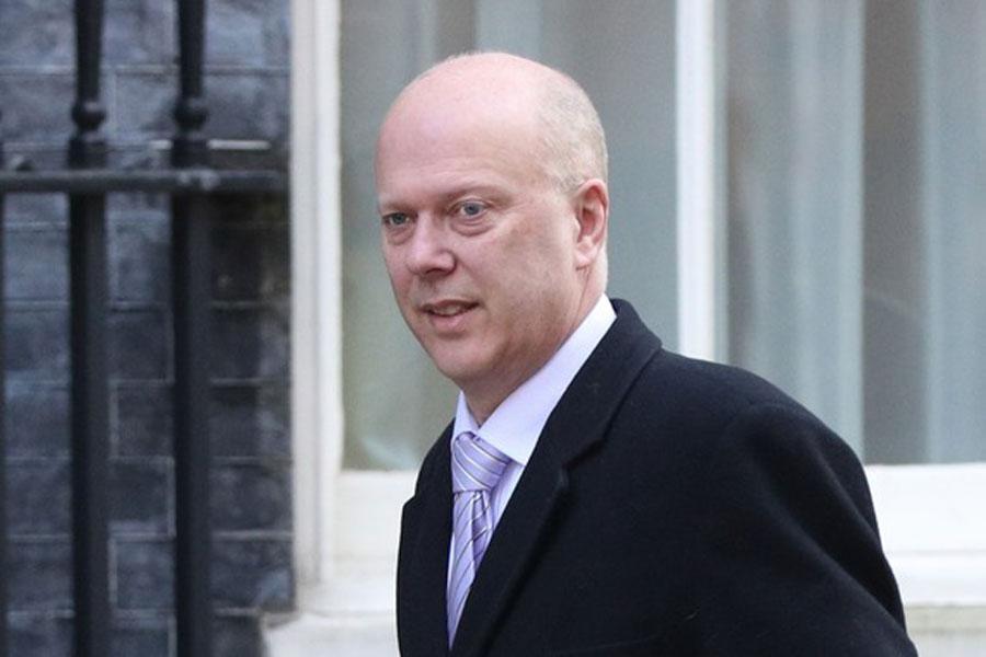 پرداخت رشوه و ماست اقتصادی وزیر انگلیسی در آستانه برگزیت