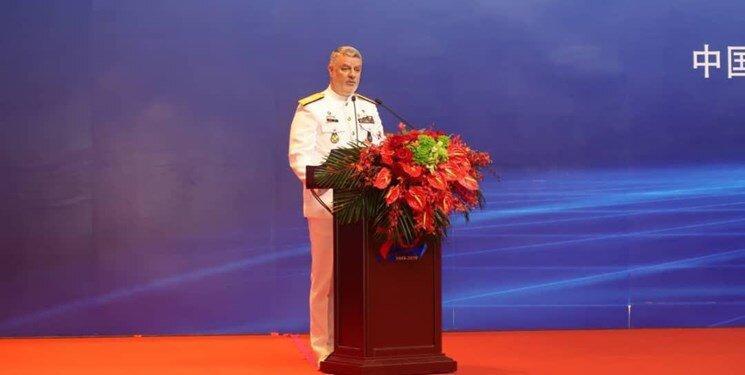 امنیت اقیانوس ها تنها با یاری قدرت های منطقه ای تامین خواهد شد